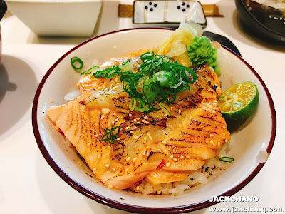 炙燒雙拼鮭魚加比目魚鰭邊肉丼飯
