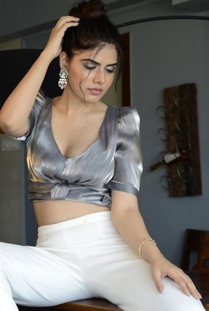 Twinkle Saaj Photos