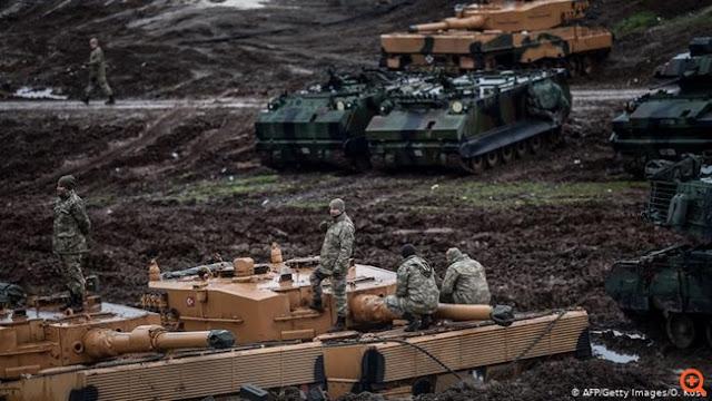DW: Η Τουρκία εξοπλίζεται σαν αστακός