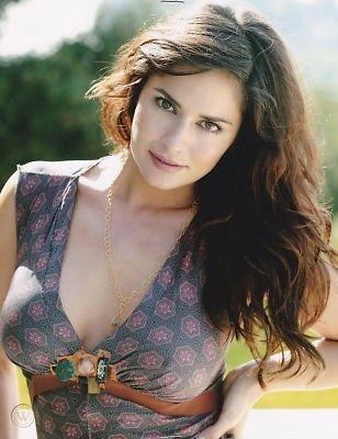 Tanya Memme Hot Photoshoot Stills Navel Queens