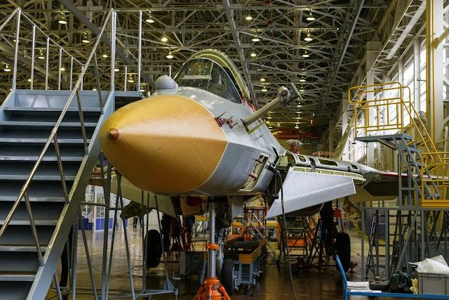 máy bay tàng hình su-57 Felon