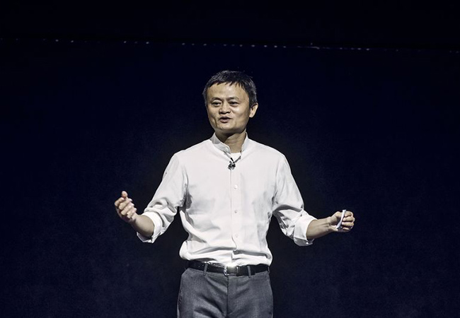 Tinuku Jack Ma to step down in one year, hand to CEO Daniel Zhang