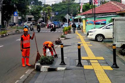 [FOTO] Pasukan Oranye : Pasukan Pembersih Ibukota Indonesia