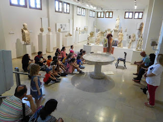 Δράσεις περιβάλλοντος και πολιτισμού στον Αρχαιολογικό χώρο του Δίου από τον Σύλλογο Μικρασιατών Πιερίας ,για τα παιδιά του Συλλόγου.