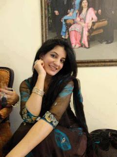 beautiful real Indian girl pic, Real desi girl pic