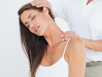 Bahaya Menggerakkan Leher sampai Terdengar 'Krekk' Menurut Dr. dr. Wawan Mulyawan, Sp.BS., Sp.KP