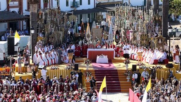 La Matriz de Almonte suspende la misa de Pentecostés en el Chaparral por el COVID-19