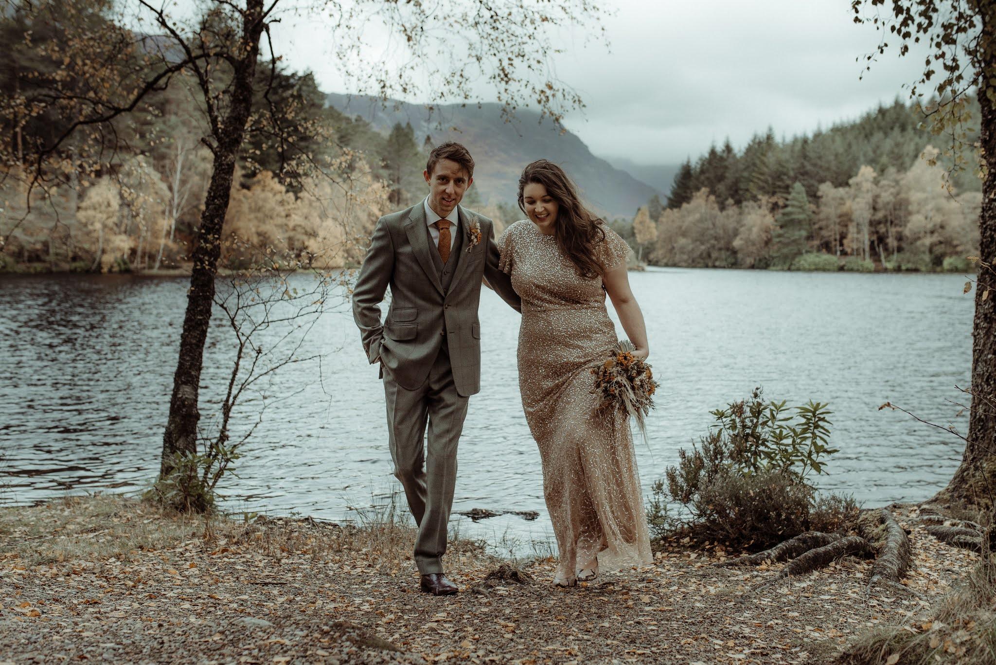 wedding couple poses inspiration glencoe elopement