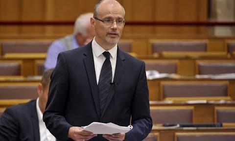 Továbbra is stabil a magyar gazdaság