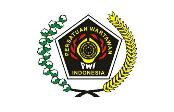 PWI Kota Tangerang Minta Polisi Usut Pelaku Intimidasi >> https://www.onlinepantura.com/2020/04/pwi-kota-tangerang-minta-polisi-usut.html