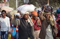 COVID-19- संकट- के- बीच- भारत- की- बेरोजगारी- दर- 27.11%- तक- बढ़- गई: CMIE