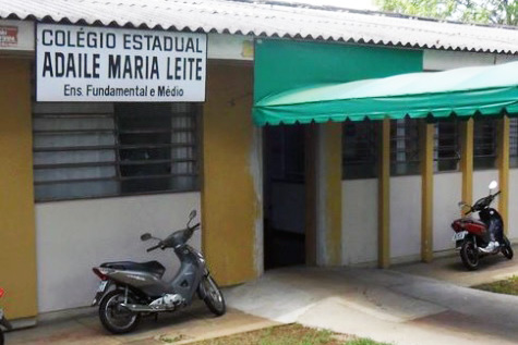Colégio Estadual Adaile Maria Leite. Café com Jornalista