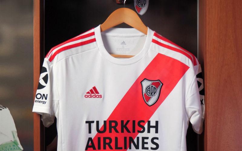 Camiseta de River Turkish Airlines