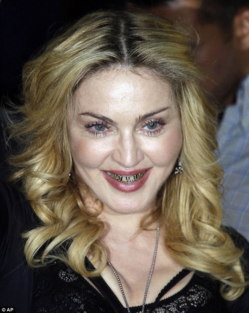 Madonna+Singer+Old+Now+Grille+Lame+Despe