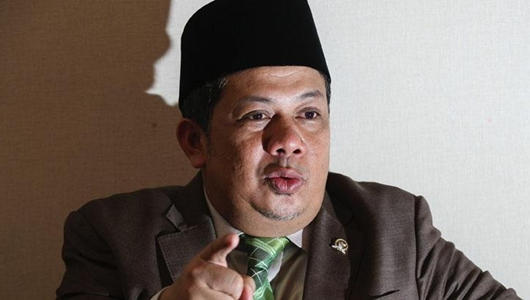 Fahri Minta Prabowo Bantai Jokowi di Debat Pilpres Perdana