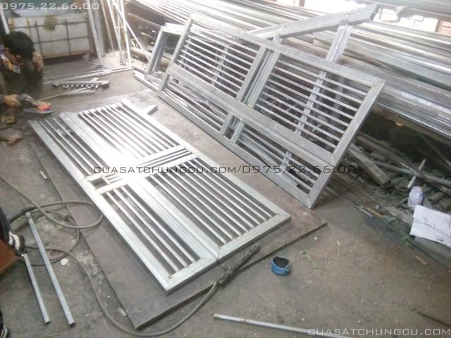 Cửa ngoài chung cư CT1 Trung Văn - Vinaconex 3