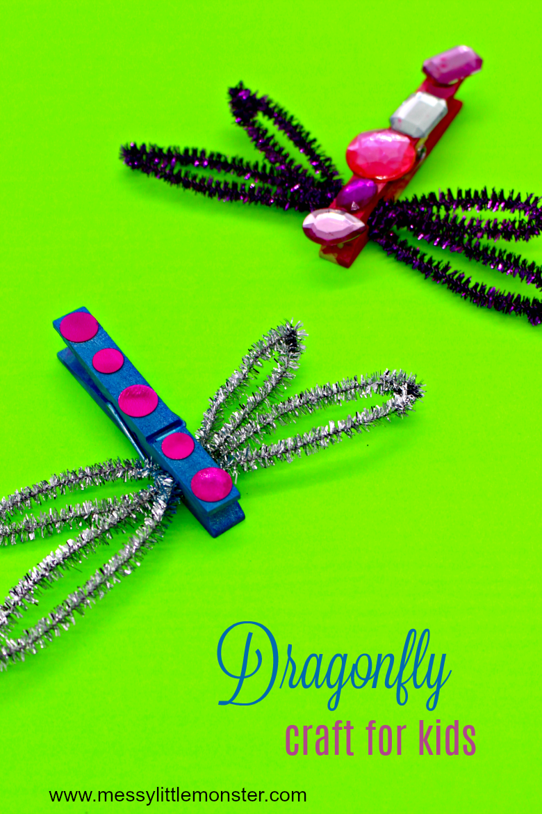 Make a clothespin dragonfly bug craft with the kids this Spring. An easy activity for toddlers and preschoolers.