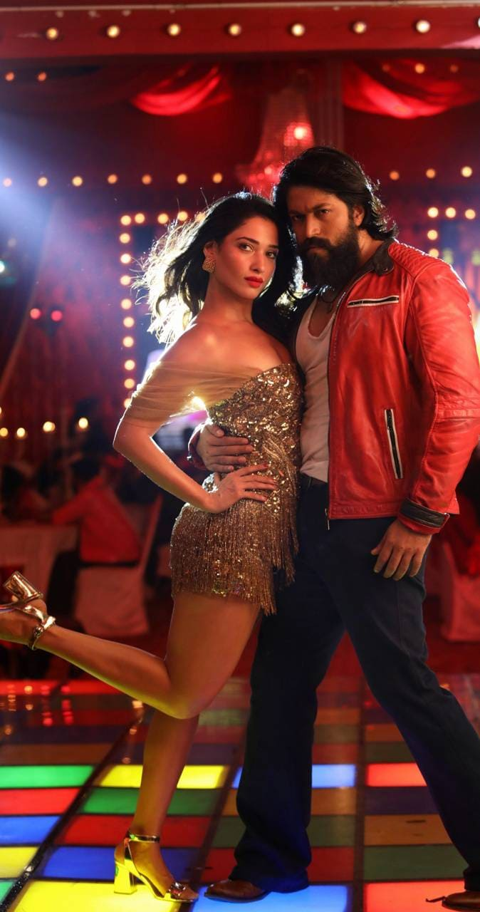 KGF Chapter 2 Movie (2021)