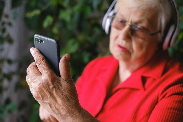 NOS promove economia circular através de novo programa de retomas de smartphones