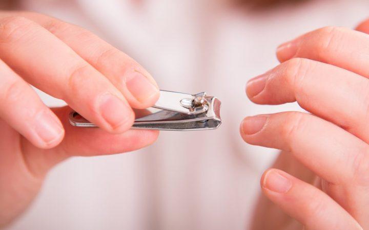 Saat Menstruasi, Bolehkah Memotong Rambut dan Kuku? Ini Penjelasannya