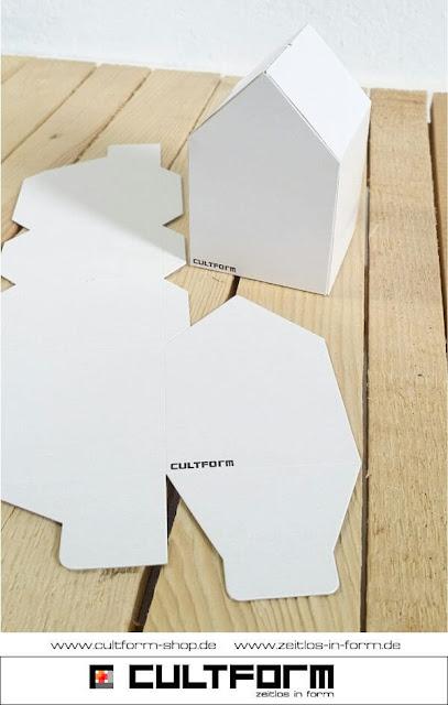 Die Hausbox von Cultform. Ein eindrucksvolles und doch einfaches DIY: kleine Geschenke individuell modern verpacken im aktuellen Watercolor-Trend: Hausbox Bastelbogen blanko