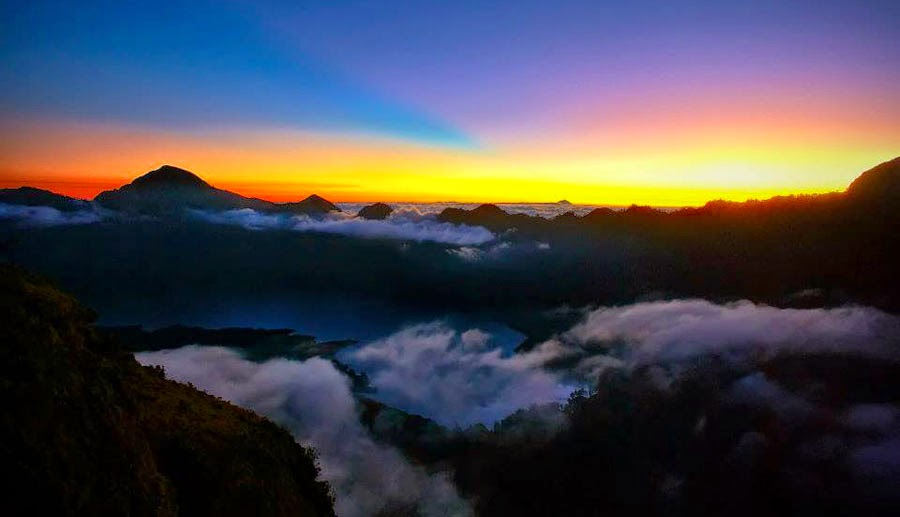 Sunset Plawangan Sembalun Crater Rim altitude 2639 m of Mount Rinjani