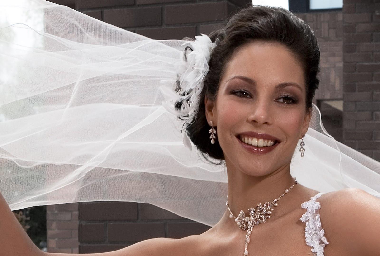 Make-Up Magazine: Wedding Day Makeup Tips And Advice