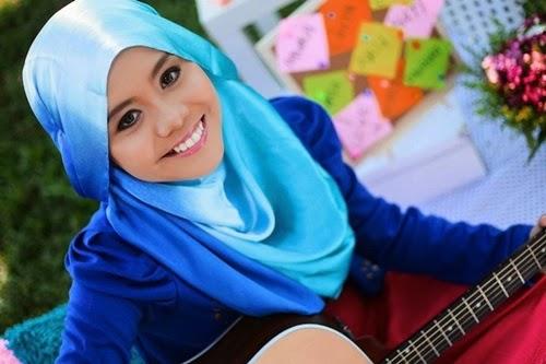 Lagu Satu Hari Nanti – Najwa Latif, video lagu Satu Hari Nanti, download video lagu Satu Hari Nanti di YouTube, lirik lagu Satu Hari Nanti penyanyi Najwa Latif, gambar Najwa Latif, lagu hits terbaik 2015, lagu popular, carta lagu terkini