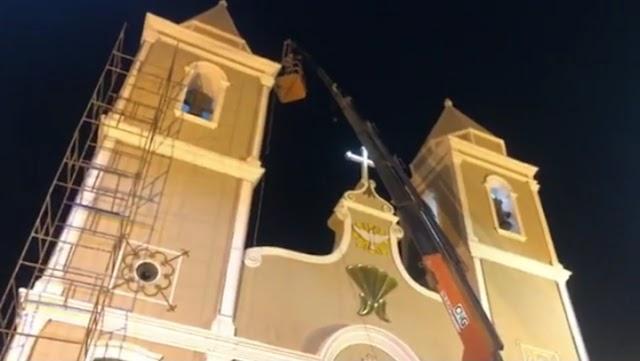 BEZERROS: Equipe trabalha contra o tempo para concluir iluninação da Matriz de São José