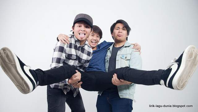 CJR Wallpaper