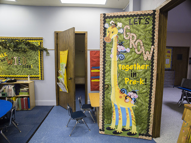 Let's GROW together in Pre-K!  Love this giraffe & animal print decor!