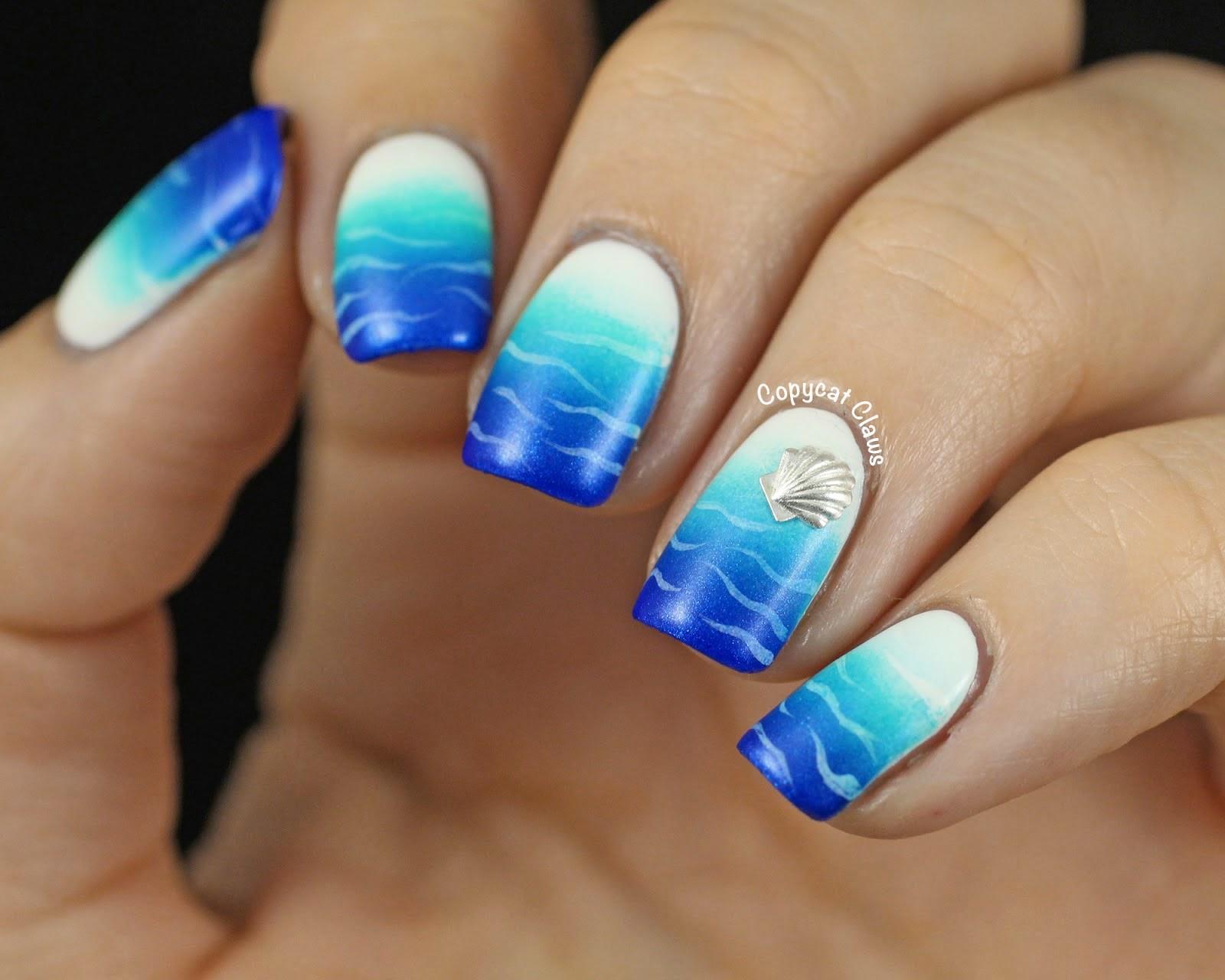 Blue ombre gradient nail art- DIY