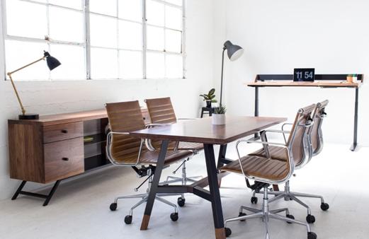 5 Ide Desain Ruangan Kerja Minimalis ini Cocok Banget untuk di Rumah Maupun Kantor!