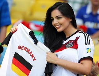 Germany Girls Whatsapp Numbers & Deutschland Mädchen whatsapp Zahlen