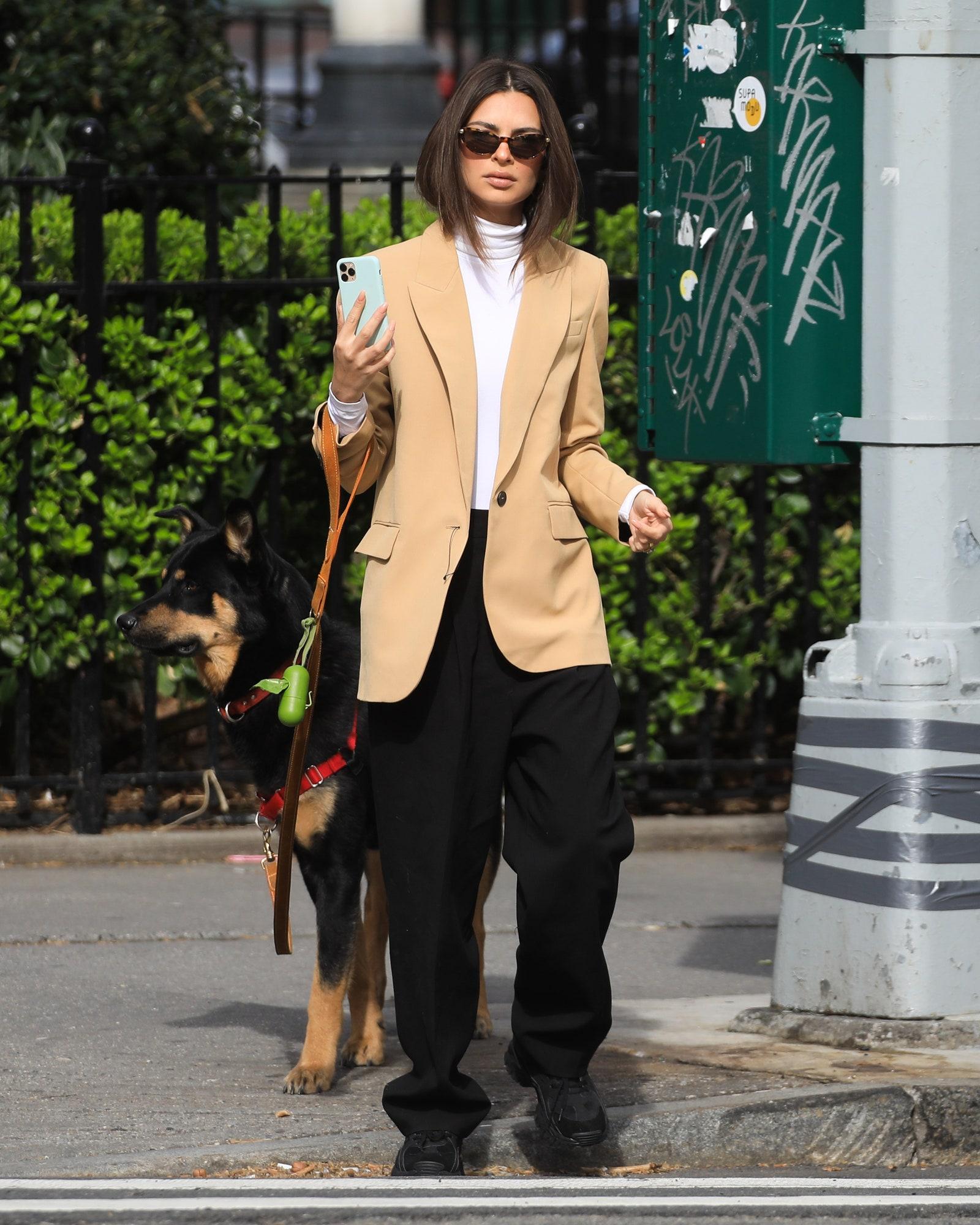 Emily Ratajkowski's Fall Turtleneck and Blazer Outfit Idea