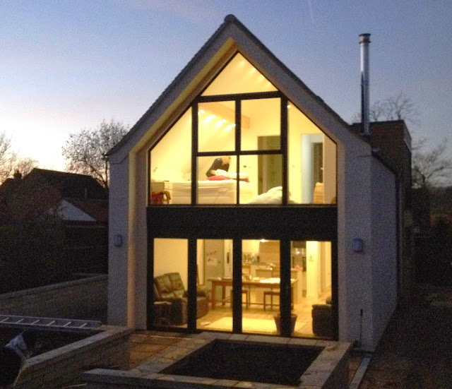 Riseley Eco Cottage Warm Inside But Cold Outside
