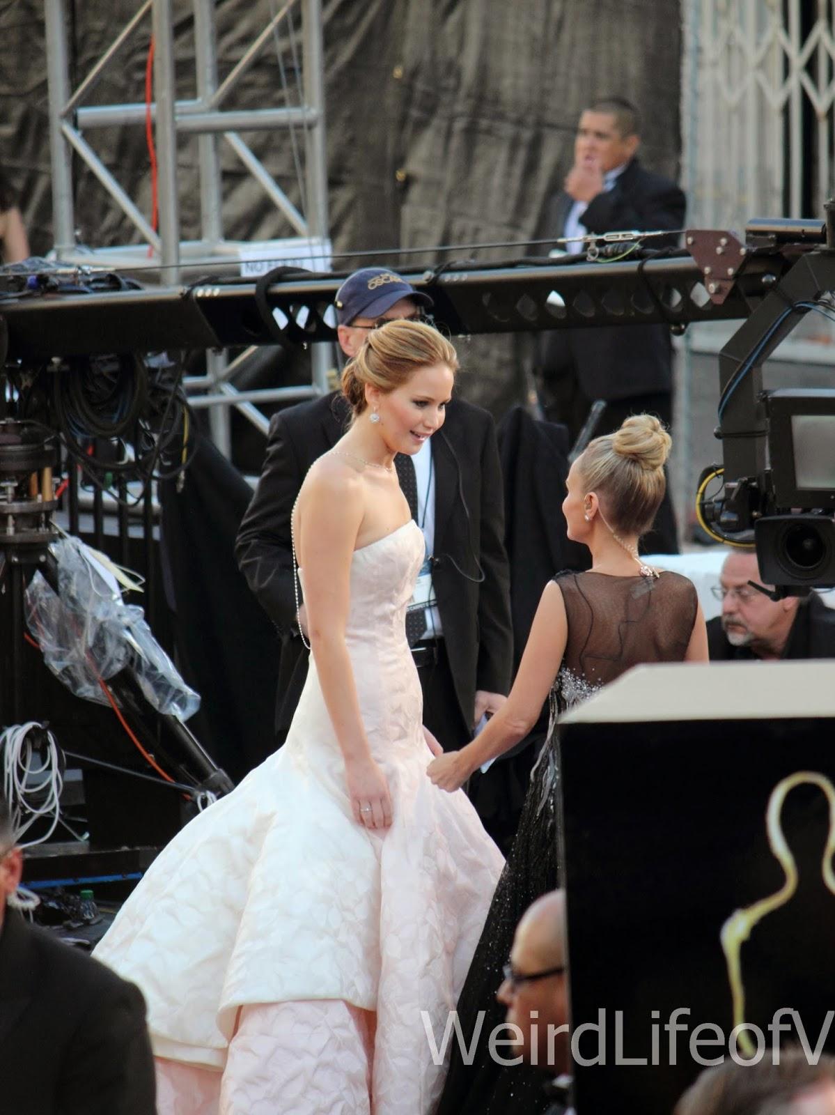 Jennifer Lawrence being interviewed by Kristin Chenoweth