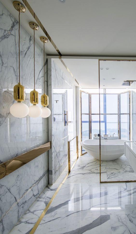 Décor Inspiration: 13 Stunning Marble Baths