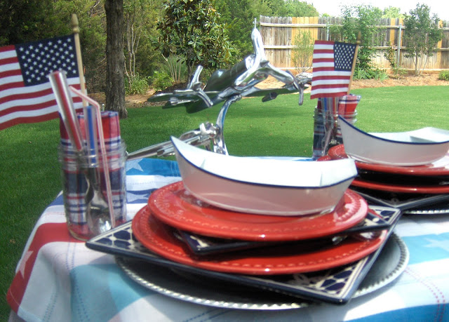 Confessions of a Dishaholic: Tablescape Thursday: No ...