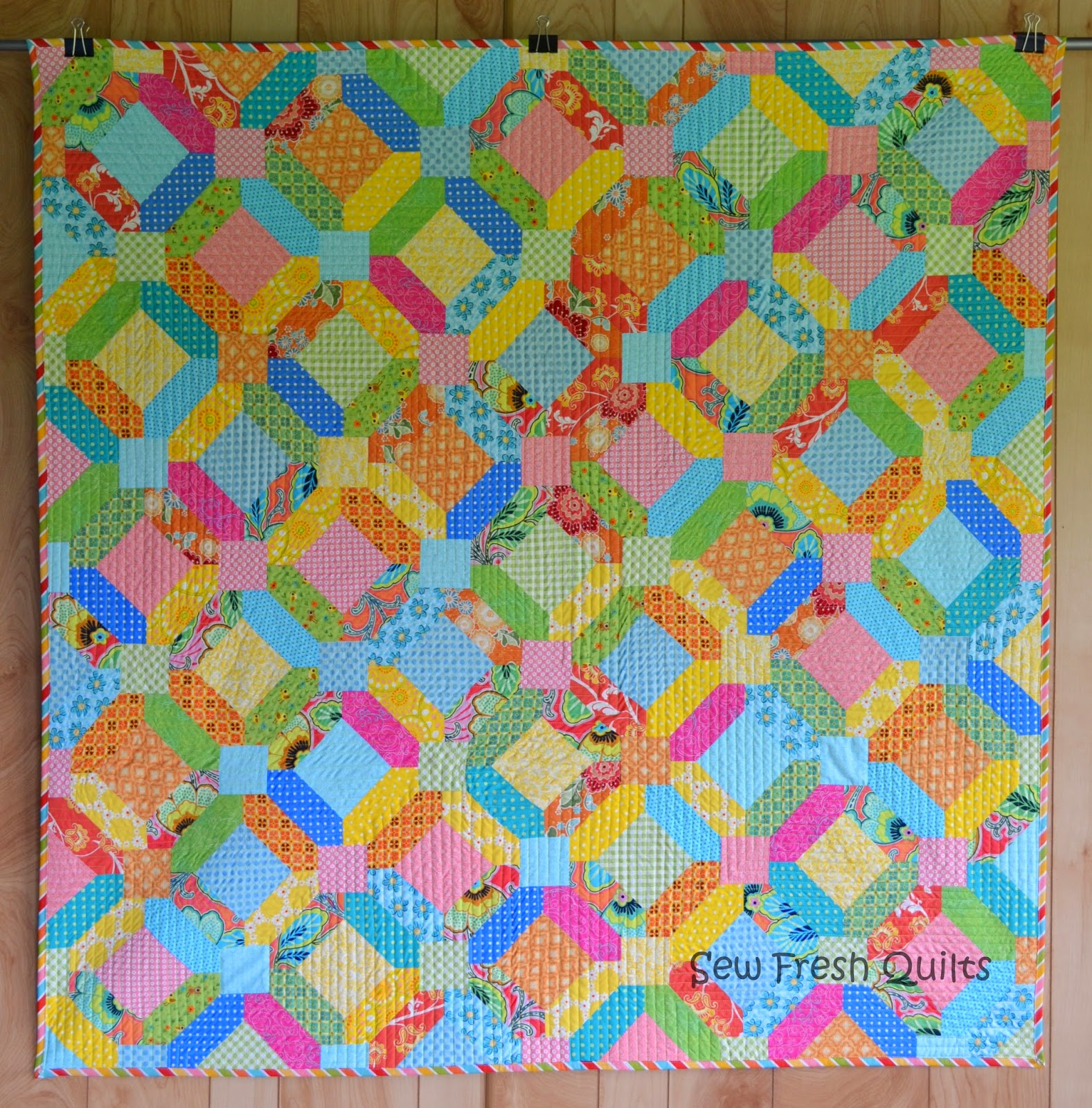 http://sewfreshquilts.blogspot.ca/2014/05/oh-suz-anna.html