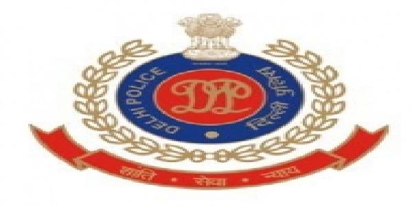 delhi-police-ke-acp-ne-khudkushi-ki