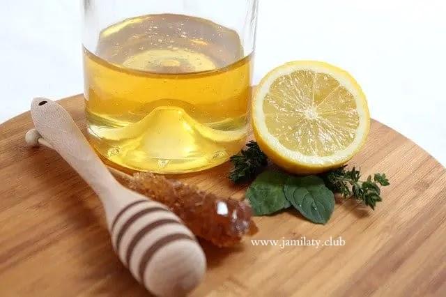 خطوات تبييض الوجه في 5 دقائق بالعسل و الليمون: وصفات سحرية لتبييض الوجه في 5 دقائق
