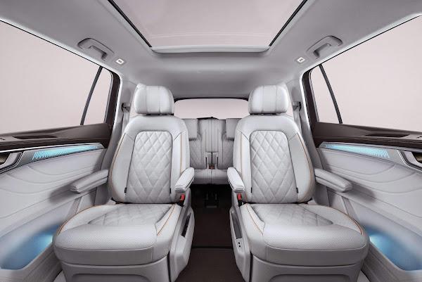 Volkswagen Talagon - interior - espaço traseiro