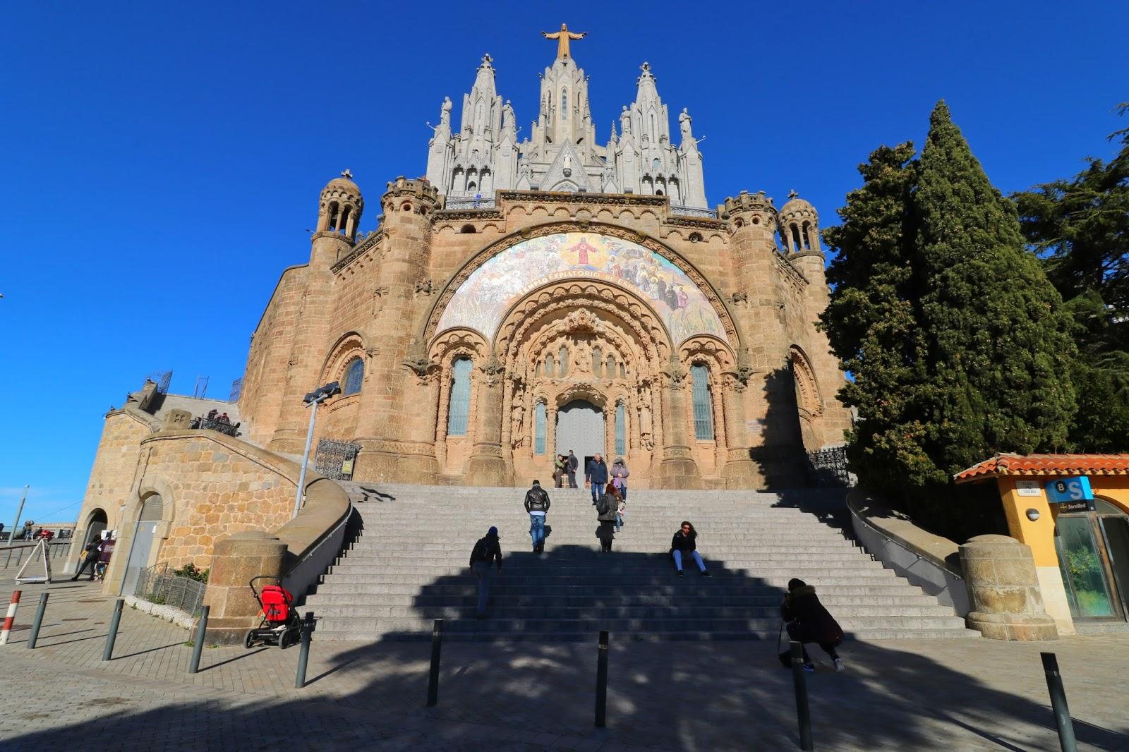 tibidabo barcelona atrakcje zwiedzanie