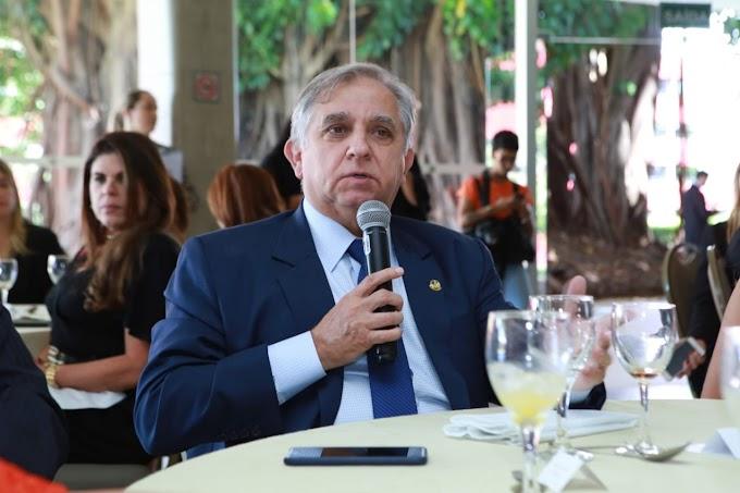 Senado: Izalci Lucas dá início ao projeto Café Virtual