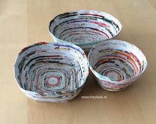 schaal gerolde papierstroken, werken met papier