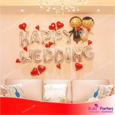 Cửa hàng bán phụ kiện trang trí phòng cưới tại Kim Liên