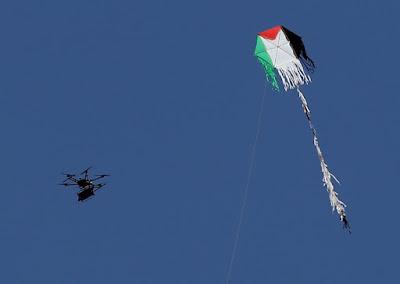 Dans le ciel de Gaza... ( Al Faraby ) dans - BILLET - DERISION - HUMOUR - MORALE a7