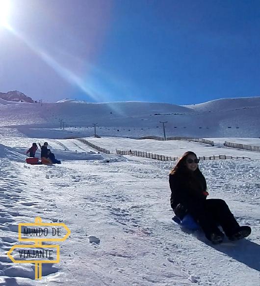 Esqui-bunda na neve