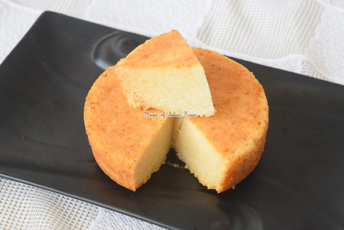 Eggless Vanilla Sponge Cake (Soft & Fluffy) Recipe- एग्ग्लेस वैनिला स्पंज केक  - Priya R - Magic of Indian Rasoi